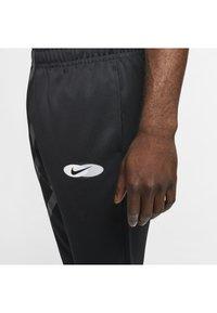 Nike Sportswear - SUBSET - Træningsbukser - black - 5