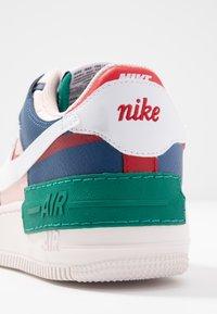 Nike Sportswear - AIR FORCE 1 SHADOW - Sneakers laag - mystic navy/white/echo pink - 2