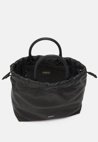 Furla - ESSENTIAL S BUCKET - Handbag - nero - 2