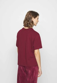 Nike Sportswear - T-Shirt print - dark beetroot - 2