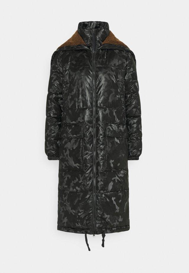 PARKA CAMUFLAGE - Abrigo de invierno - black