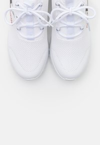 Calvin Klein Jeans - ROSILEE - Zapatillas - white - 5