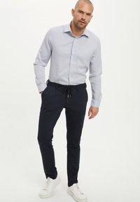DeFacto - Formal shirt - blue - 1