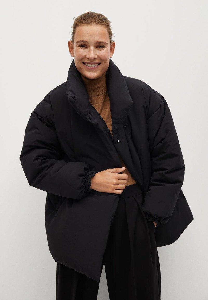 Mango - NATA - Zimní kabát - schwarz