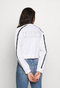 Nike Sportswear - W NSW AIR JKT PK - Hettejakke - white - 2
