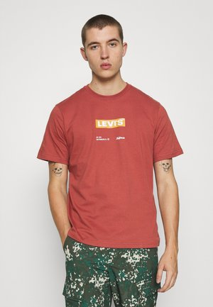 SS RELAXED FIT TEE - Printtipaita - color marsala