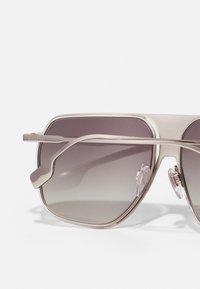 Burberry - UNISEX - Sluneční brýle - silver-coloured - 2