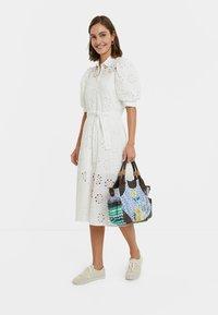 Desigual - NORIA - Košilové šaty - white - 1