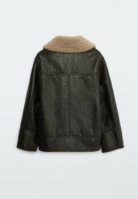 Massimo Dutti - BIKER LAMMFELL - Leather jacket - black - 4