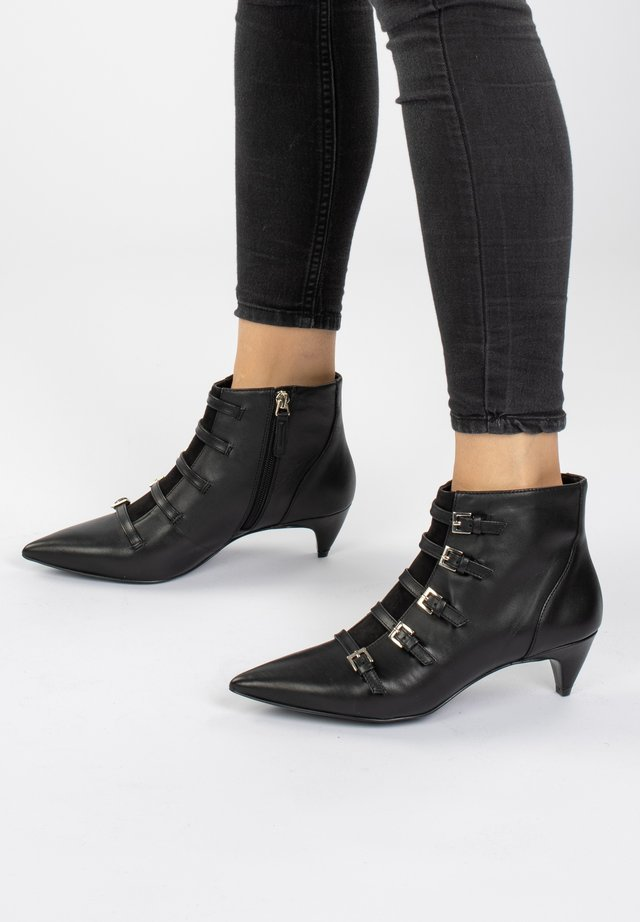 ZYDECO  - Korte laarzen - schwarz