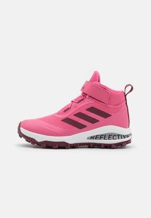 FORTARUN ATR UNISEX - Hiking shoes - rose tone/victory crimson/footwear white