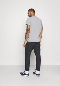 G-Star - DRONER RELAXED TAPERED PANT - Cargobroek - sartho blue wave - 2