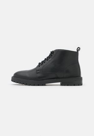 JAMES CHUKKA BOOT - Lace-up ankle boots - black