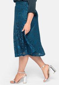 Sheego - A-line skirt - dunkelpetrol - 3