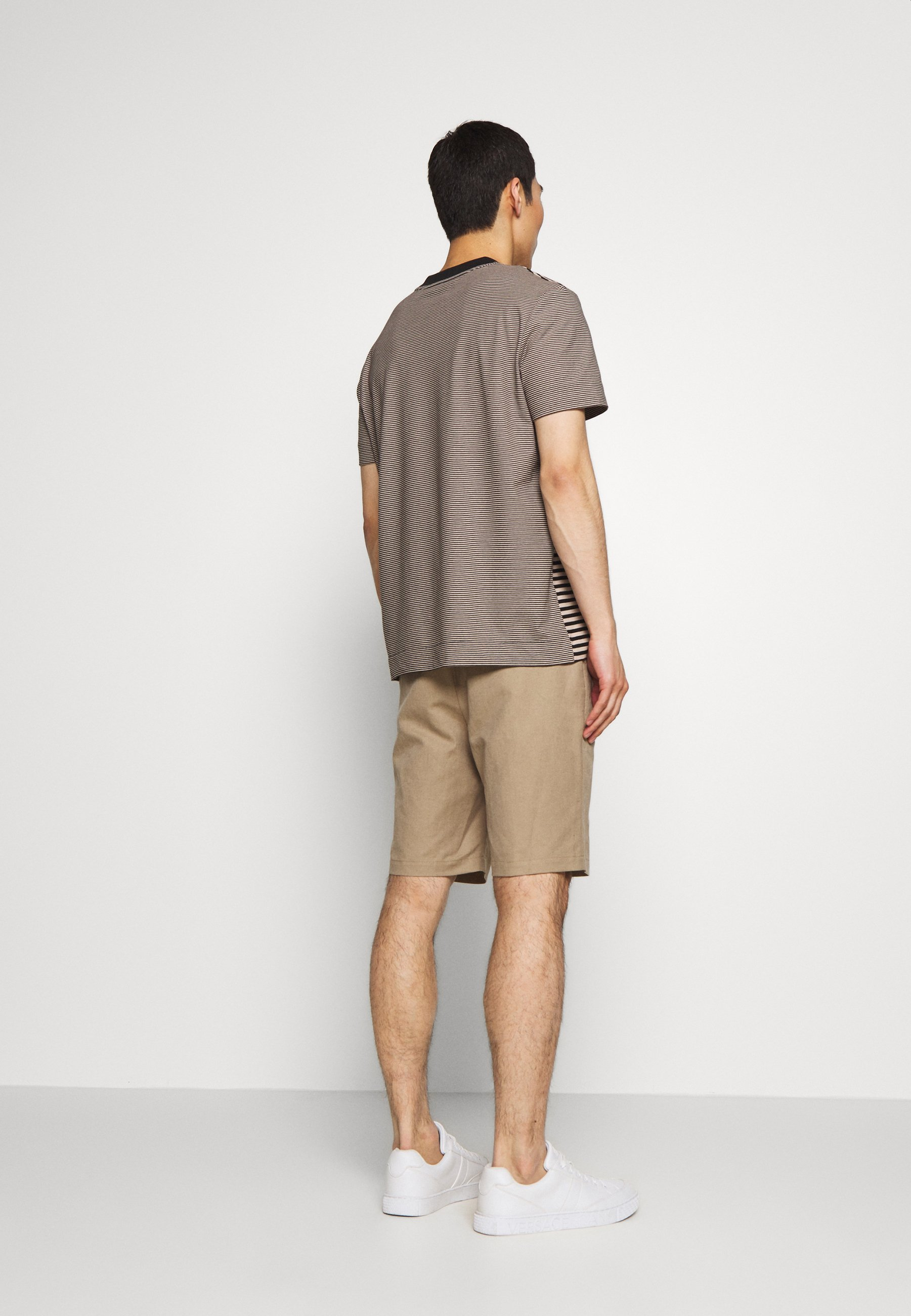 Joseph CREW STRIPED - T-shirt imprimé - camel combo