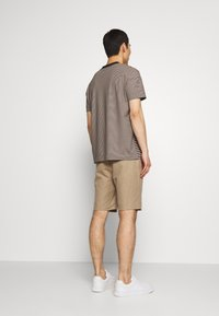 Joseph - CREW STRIPED - T-shirt print - camel combo - 2