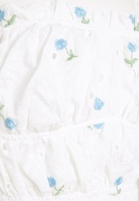 Missguided Tall - FLORAL BRODERIE BARDOT CROP  - Long sleeved top - white - 2