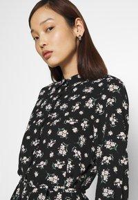 Vero Moda - VMSAGA COLLAR SHIRT DRESS  - Shirt dress - black/dara - 3