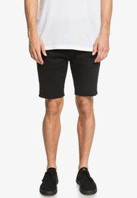 Quiksilver - VOODOO SURF - Shorts - black - 0