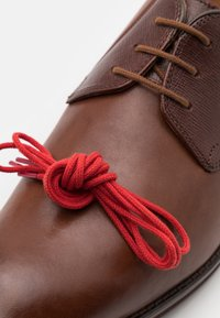 Clarks - CITISTRIDELACE - Lace-ups - tan - 5