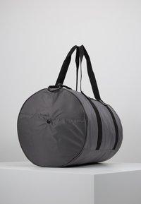 DAY Birger et Mikkelsen - GWENETH SPORT - Sports bag - asphalt - 3