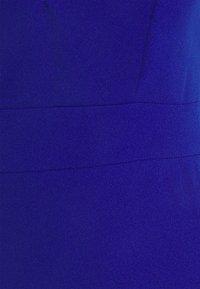 WAL G. - AINSLEY DOUBLE STRAP MIDI DRESS - Shift dress - electric blue - 2