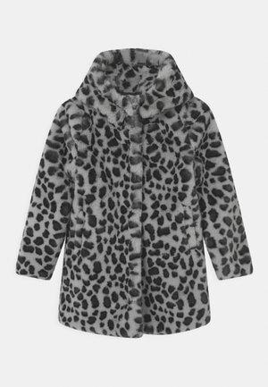 TEINJA - Krátký kabát - cloud grey
