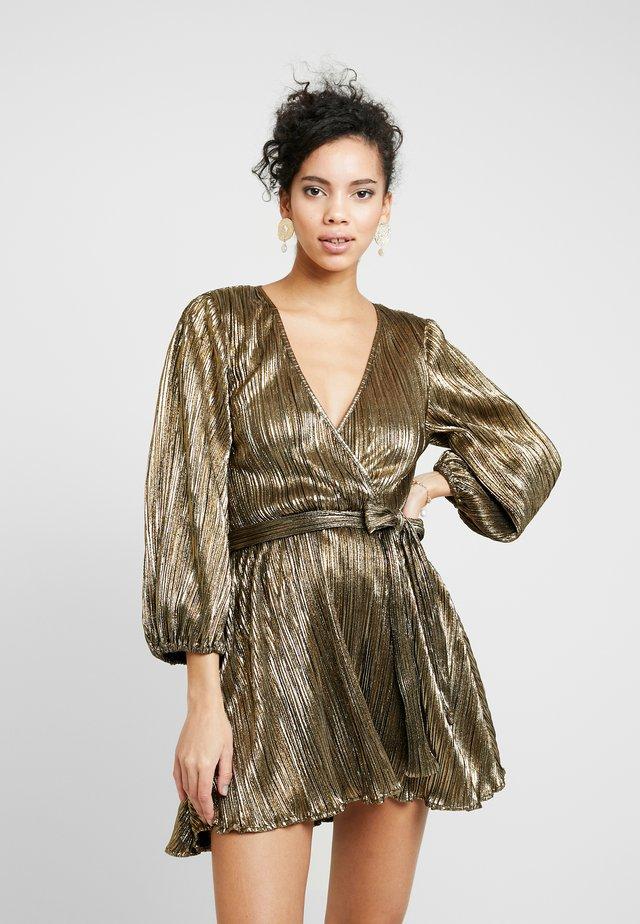 BELLISSA PLEAT DRESS - Cocktailkjole - gold