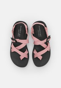 Madden Girl - SUN - Sandály s odděleným palcem - blush - 5