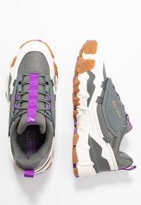 Puma - TRAILFOX MTS-WATER - Sneakers - castlerock/whisper white - 3