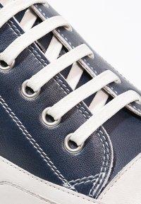 Candice Cooper - ROCK - Sneakers basse - navy/panna - 6