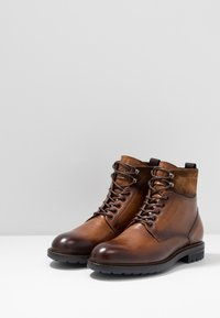 Giorgio 1958 - Lace-up ankle boots - cognac - 2