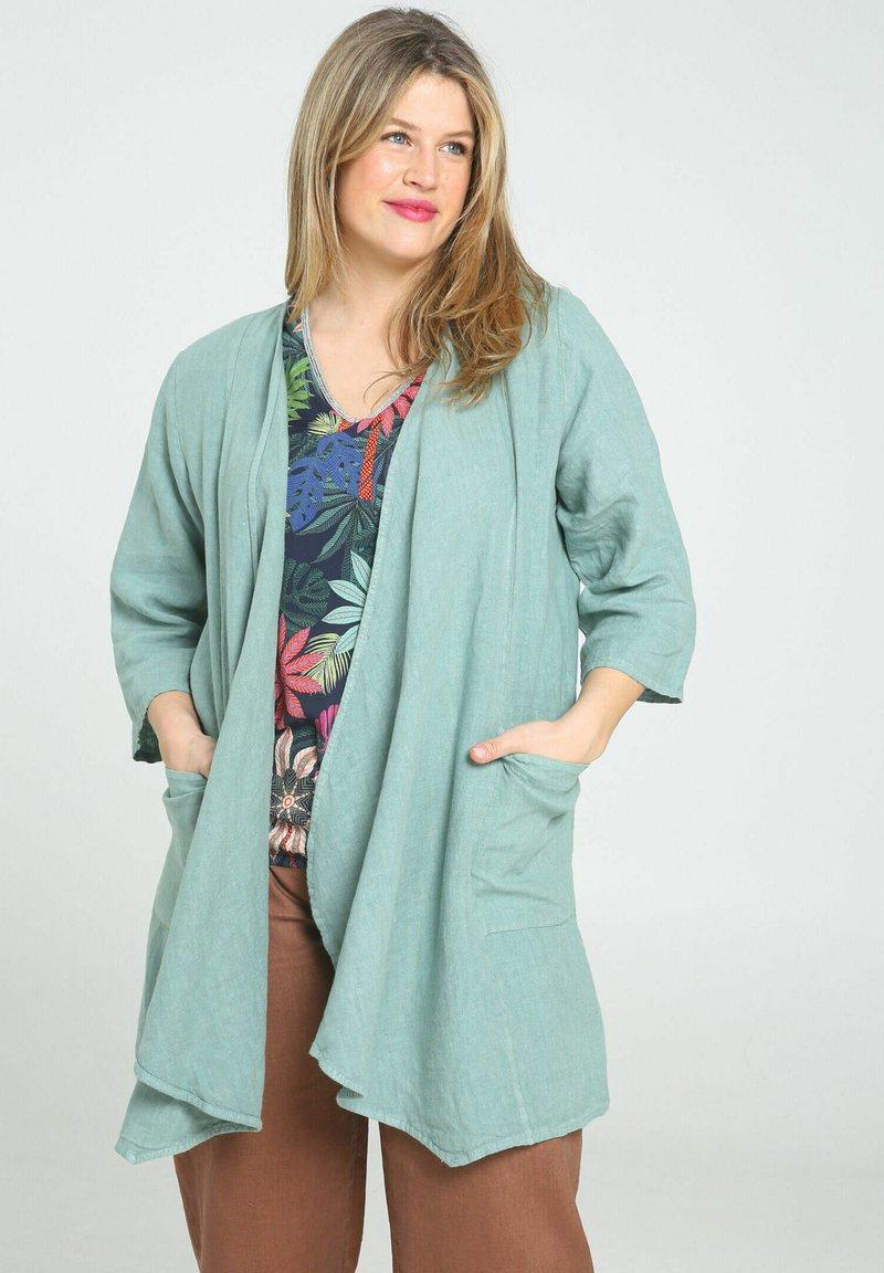Paprika - Short coat - mint