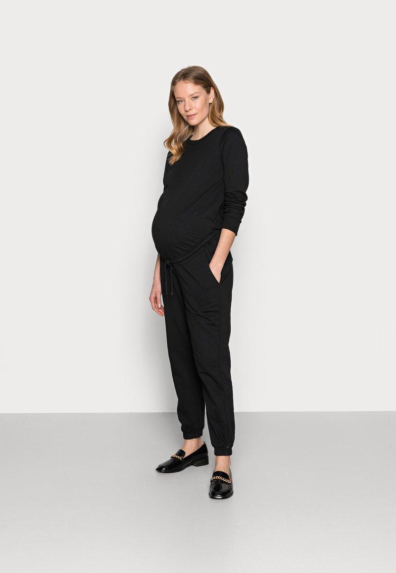 Anna Field MAMA - Jumpsuit - black