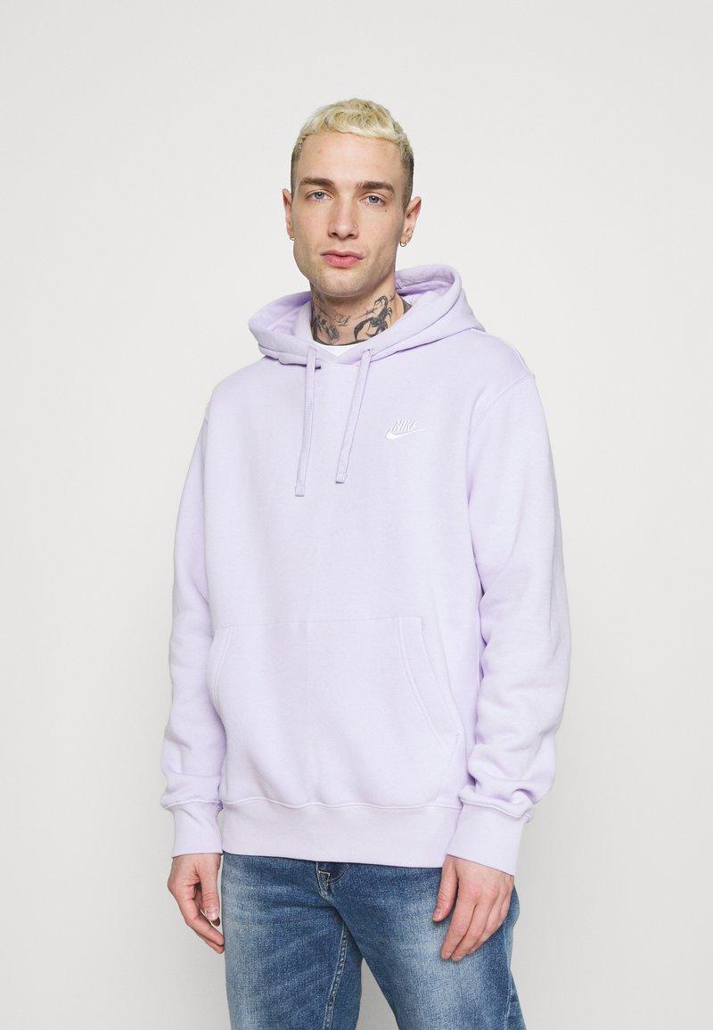 Nike Sportswear - CLUB HOODIE - Collegepaita - violet frost