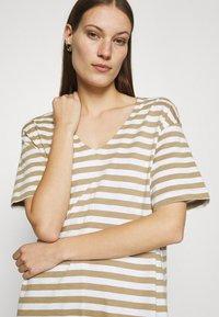 Selected Femme - SLFREED DRESS - Jersey dress - kelp - 3