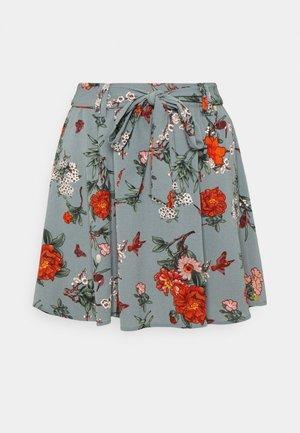 ONLNOVA JASMIN SKIRT - Mini skirt - balsam green/glory garden