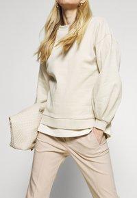 InWear - ZELLA KICKFLARE PANT - Trousers - sandstone - 4