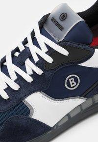 Bogner - ESTORIL - Trainers - navy/white - 5