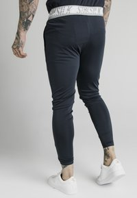 SIKSILK - SCOPE TAPE TRACK PANT - Trainingsbroek - navy - 2