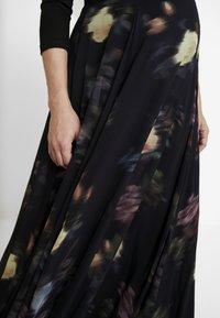 Seraphine - PETUNIA WRAP NURSING GOWN - Maxi dress - black - 7