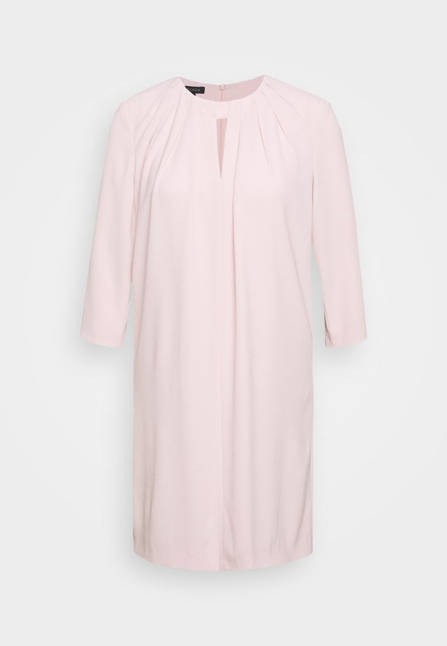 Robe d'été - camelia