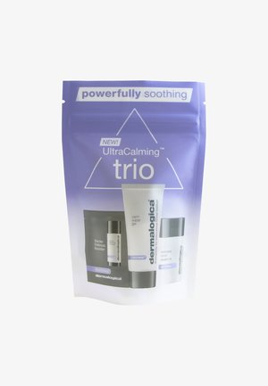 ULTRACALMING TRYME KIT - Skincare set - -