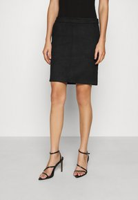 Vila - VIFADDY SKIRT - Pencil skirt - black - 0