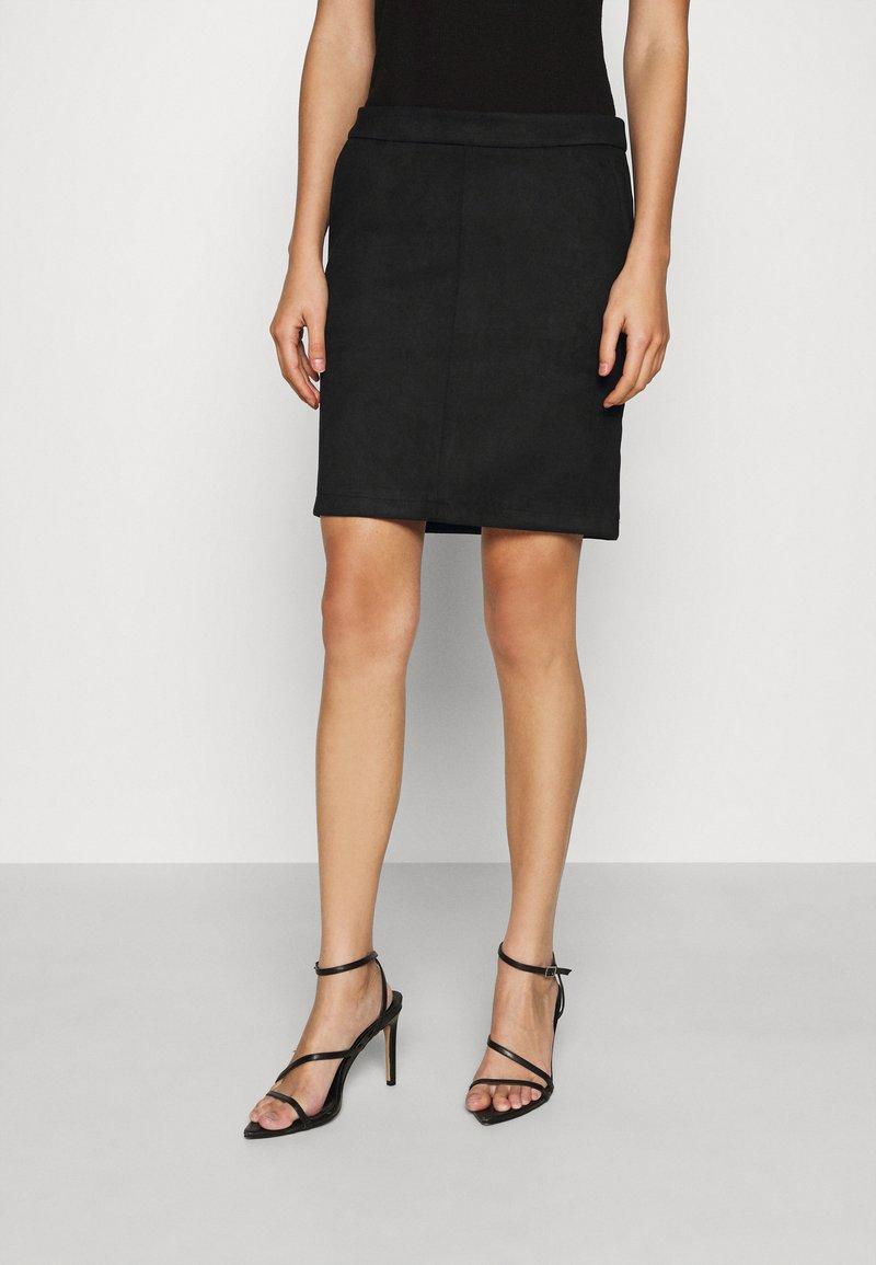 Vila - VIFADDY SKIRT - Pencil skirt - black