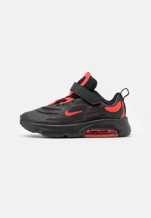 AIR MAX EXOSENSE - Trainers - black/chile red/black