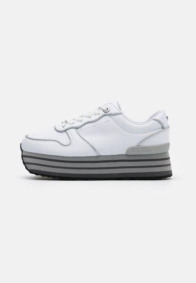 GLITTER FLATFORM  - Sneakers basse - white