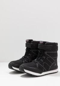 Viking - SKOMO GTX - Winter boots - black/charcoal - 3