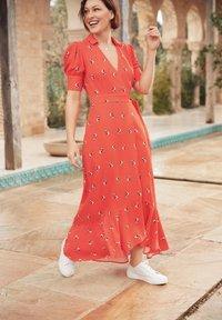 Next - EMMA WILLIS  - Maxi dress - red - 0