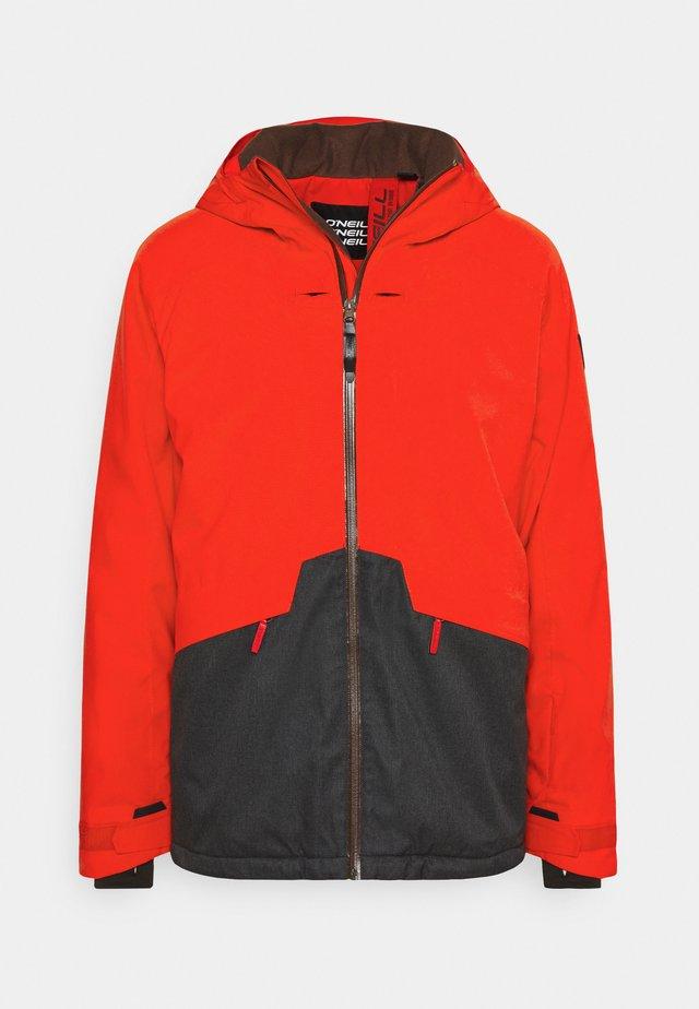QUARTZITE  - Snowboard jacket - fiery red